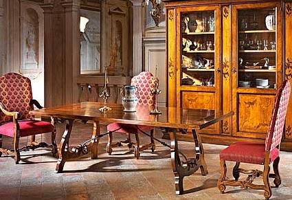 Superbe David Michael. Furniture
